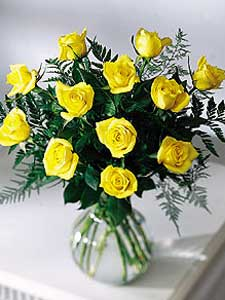 12 Yellow Roses Arranged by Rich Mar Florist